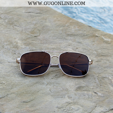 The Bonnie Aviator Sunglasses in Chocolate Brown