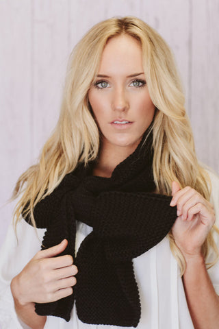 Knitted Bow Scarf Chunky Neck Warmer Licorice Black