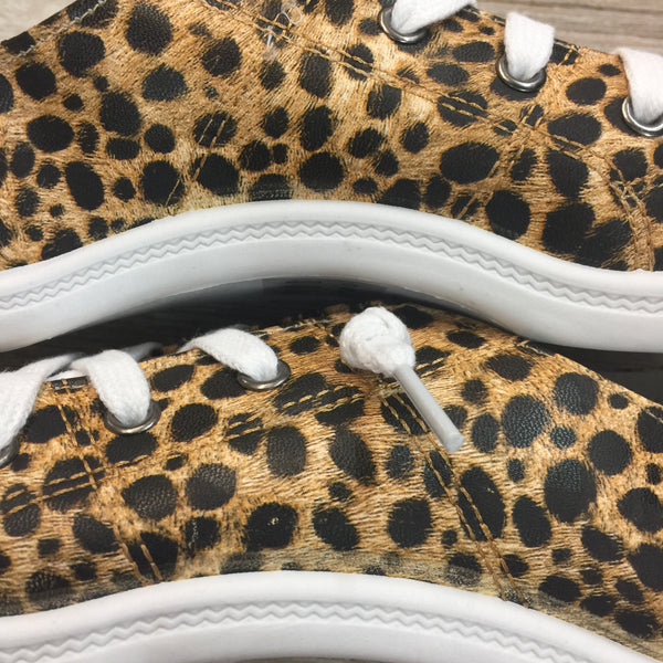 Damaged | Summer Laced Slip On Sneakers in Leopard | Size 8