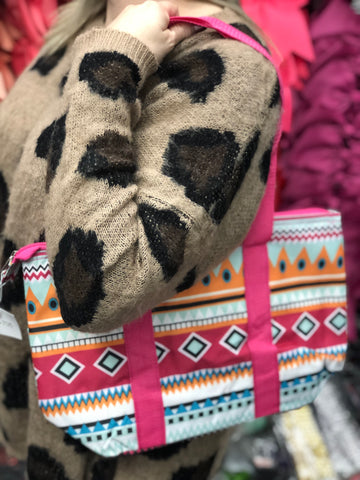 Closeout Treasure!  Insulated Lunch Kit in Aztec and Pink