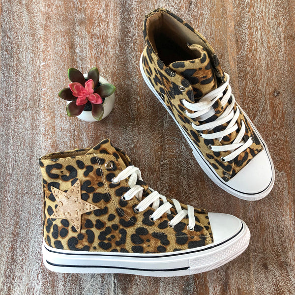 Stomp the Rhythm High Top Lace Up Sneakers in Leopard