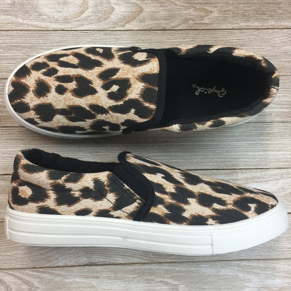 Damaged | Leopard Print Canvas Slip In Sneakers | Size 8