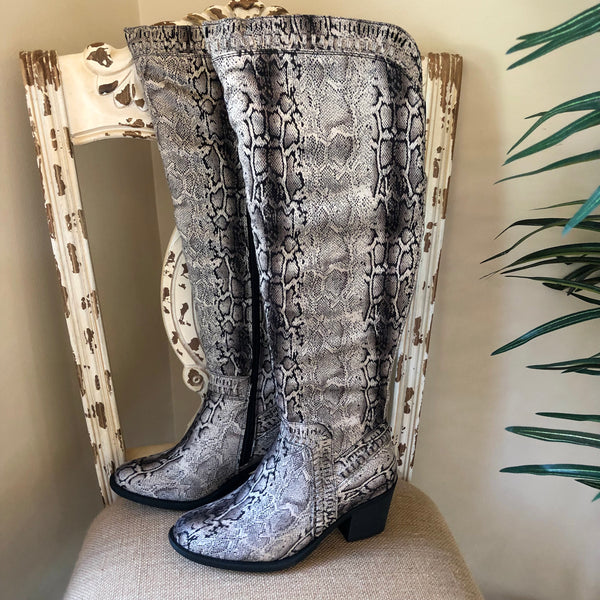 Corky's | Ladder Heeled Knee Boots in Black Snake