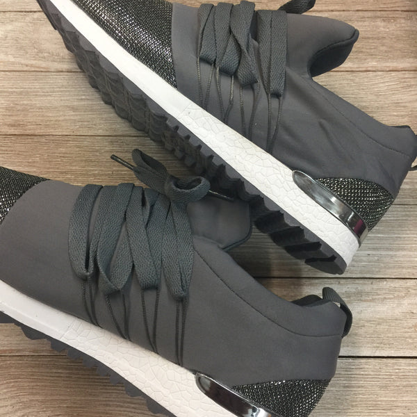Damaged | Sparkle City Lace Up Sneakers in Charcoal Grey | Size 10