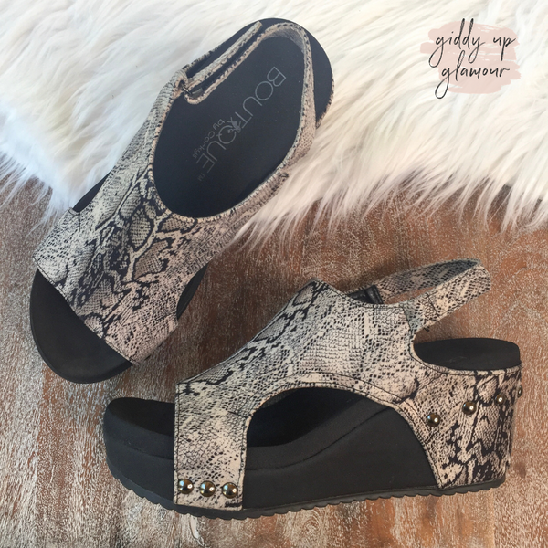 SIZE 11 | Corky's | Walk to Me Wedges in Black Snake