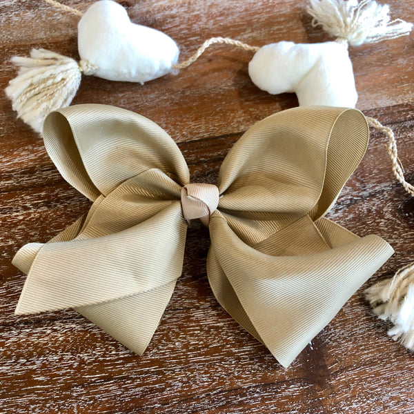 Solid Color Hair Bow in Tan
