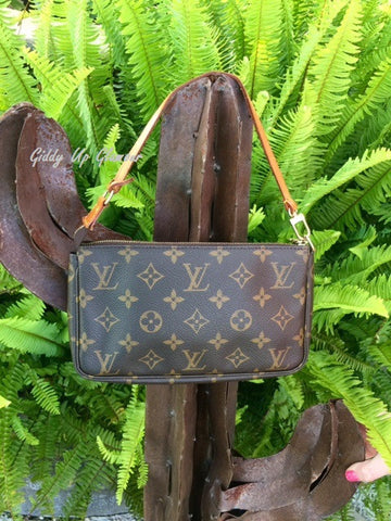 Authentic Used Louis Vuitton Pochette Arm Bag