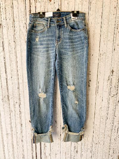 Judy Blue | Set the Trend Mid Rise Distressed Boyfriend Jeans in Light Wash