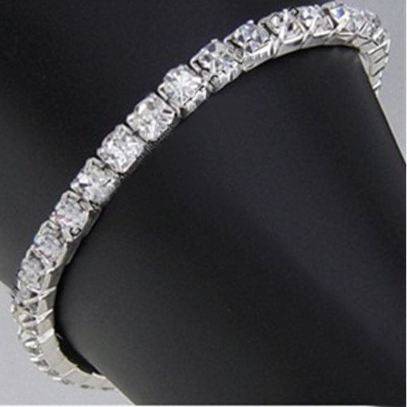 Single Row Rhinestone Stretch Bracelet
