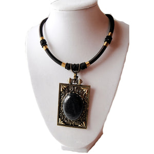 Square Cabcohon Necklace Black Nacklace