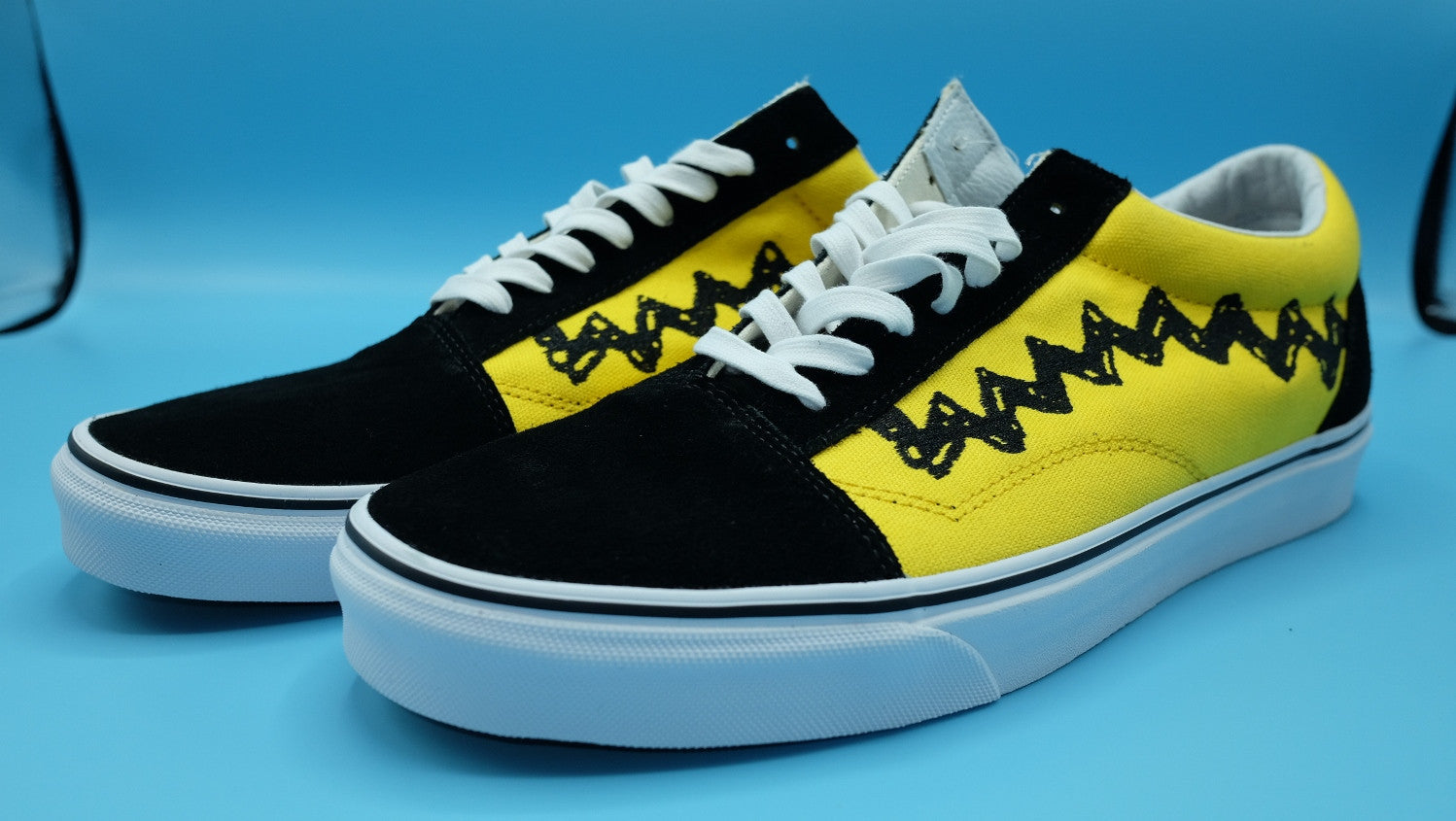 9601908d16 VANS Old Skool   Peanuts Charlie brown Yellow Black   size 12(US ...