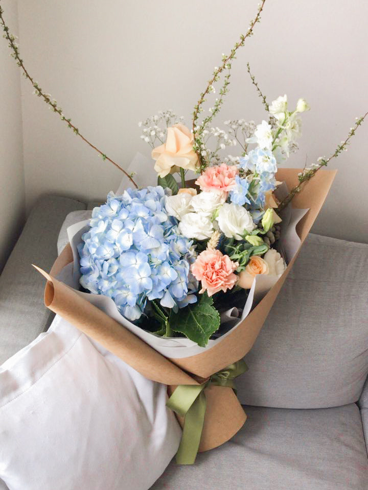 Fresh Blooms: Antoinette (Wrapped Bouquet)
