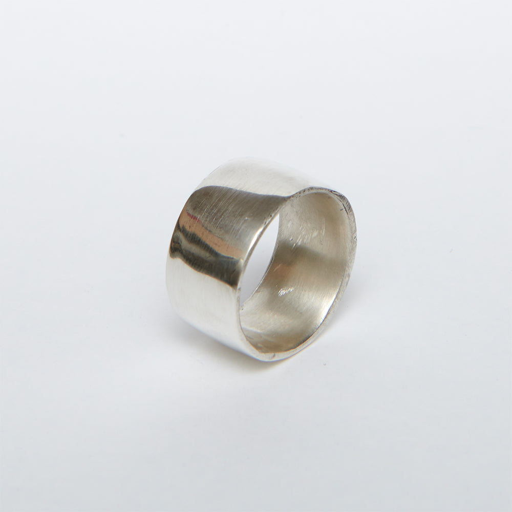 POLISHED CUFF RING