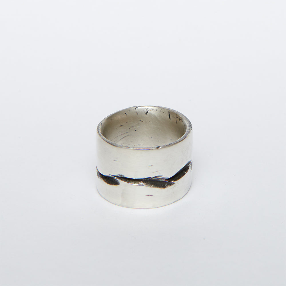 EXPOSED CUFF RING