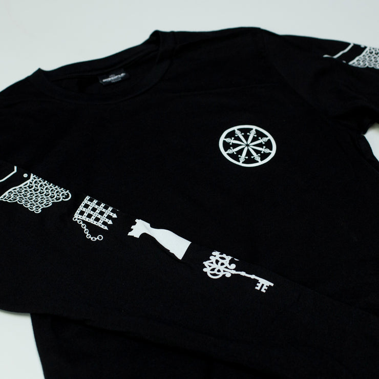 Round Table Long Sleeve
