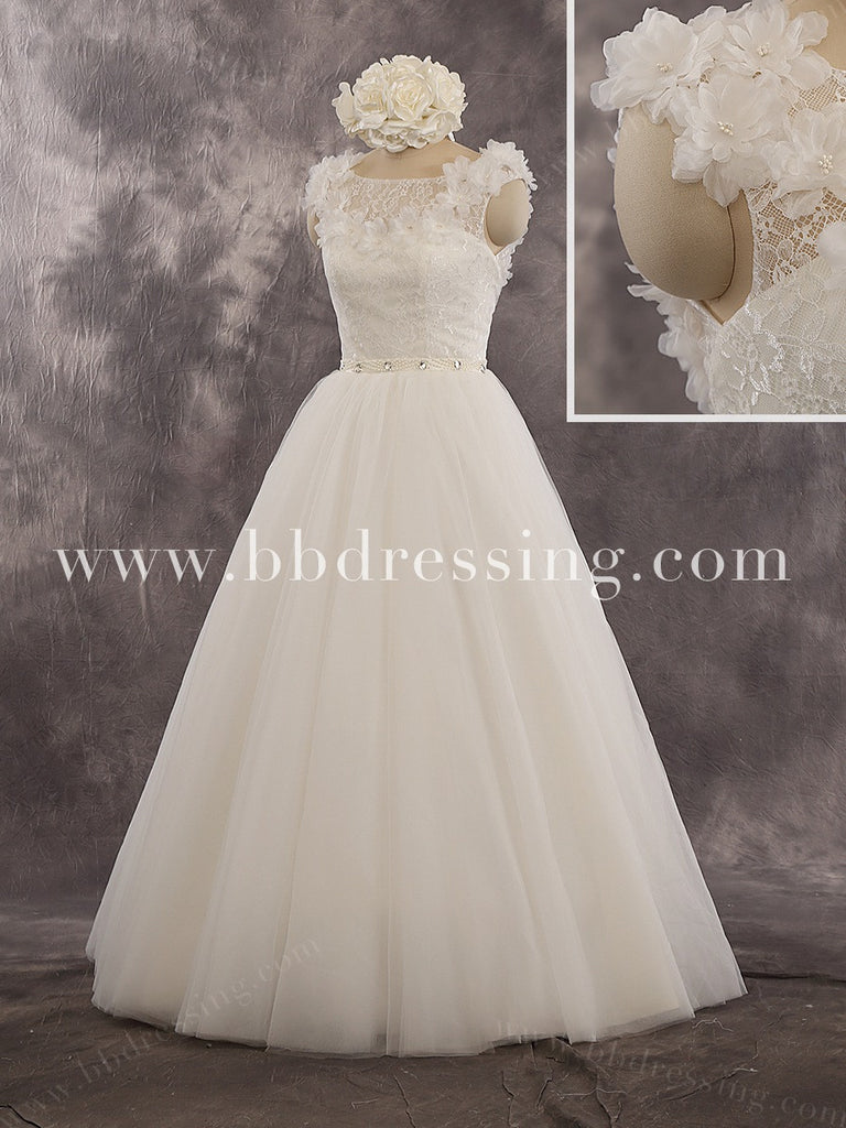 2016 New Fashion Wedding Dress In Lace And Tulle WD242