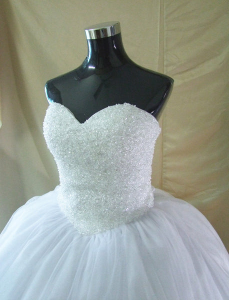 Beads and Tulle Wedding Dress pwd0049