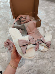 Scarf & Slipper gift box