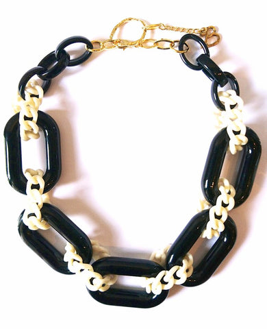 Noel Necklace - Black/Milk