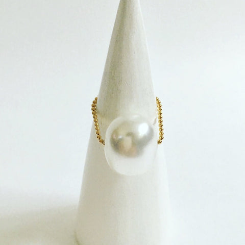 Gembuds Pearl Ring
