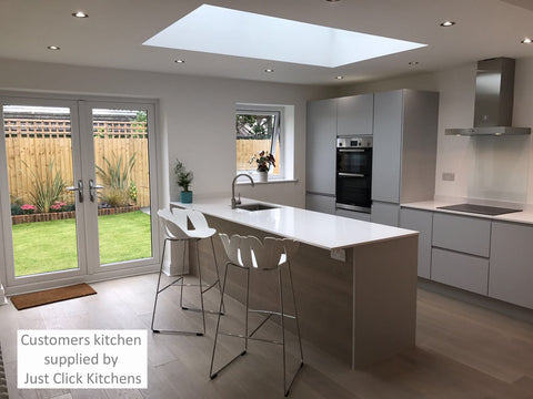Rothwell Light Grey Matt Handleless Kitchen Doors Just Click Kitchens - Light grey kitchen doors
