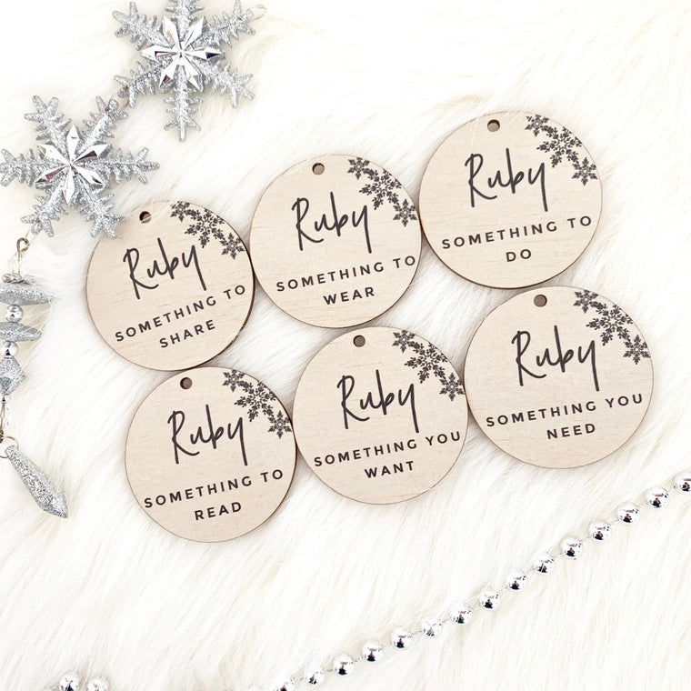 Round Personalised Simplicity Gift Tags