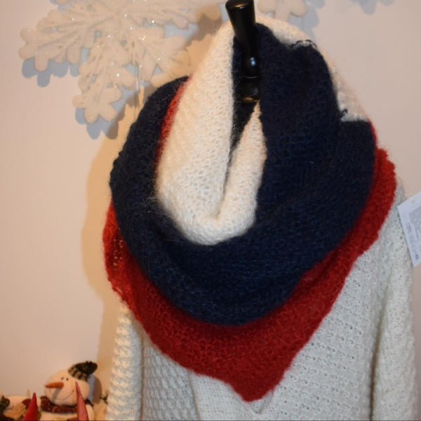 Shawl Mohair triangulaire blanc bleue rouge