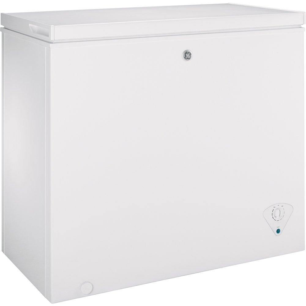 GE 7 Cu Ft Manual Defrost Chest Freezer