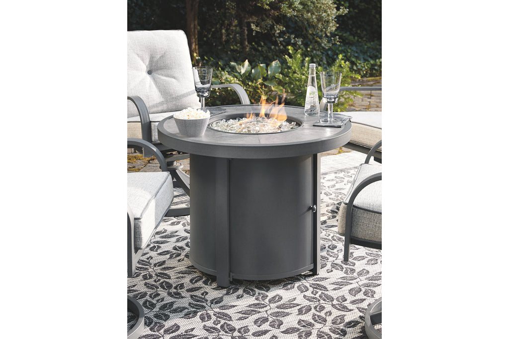 Donnalee Bay Outdoor Furniture Collection