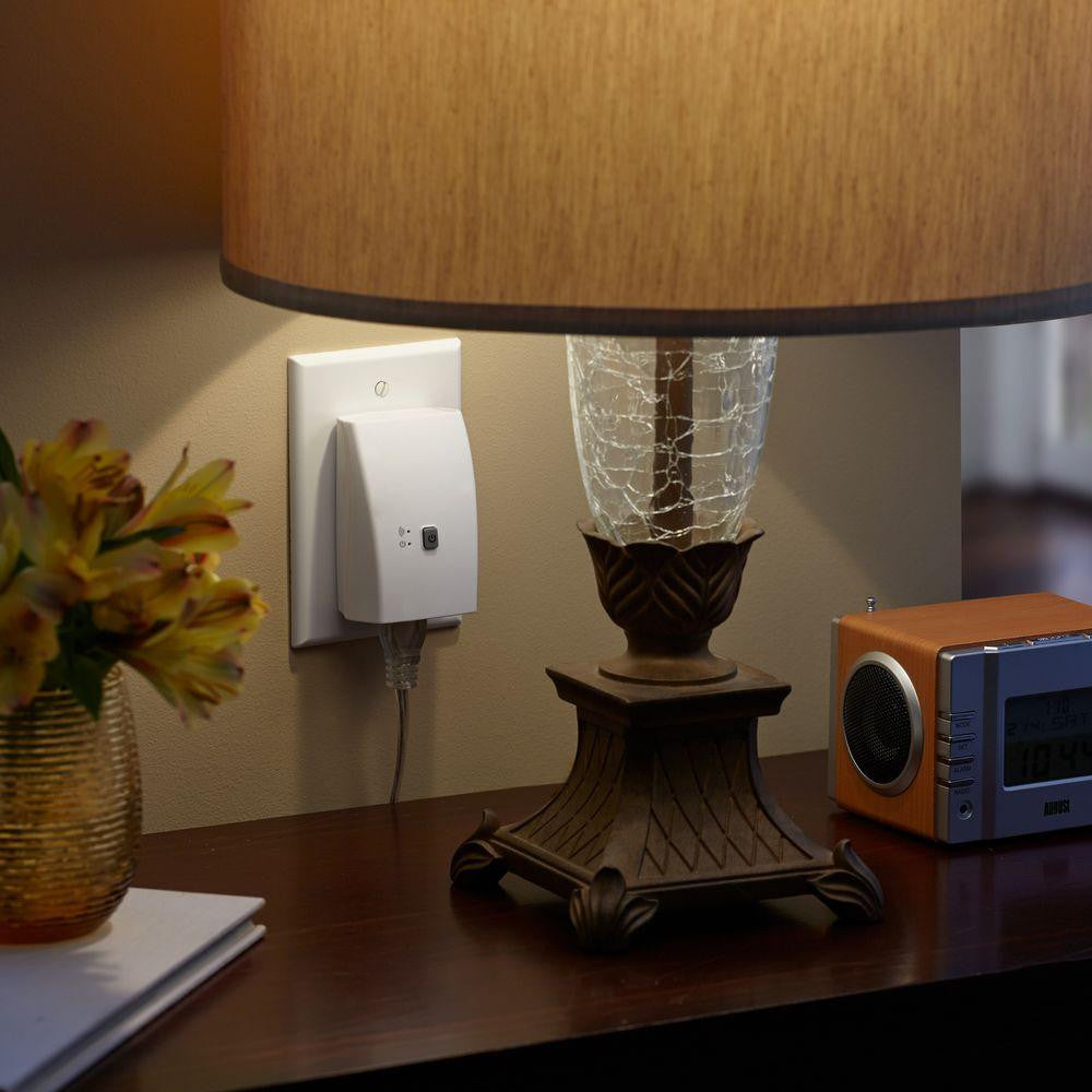 Southwire Woods WiOn Indoor Wi-Fi Outlet