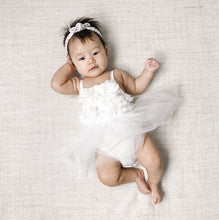 Load image into Gallery viewer, Baby Ellie - White