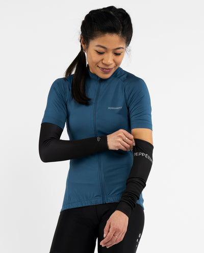 Rise black Signature Arm Warmers