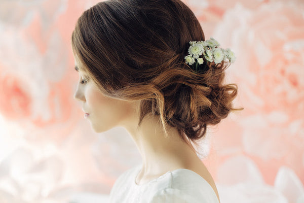 wedding hairstyles for thin hair - low messy bun