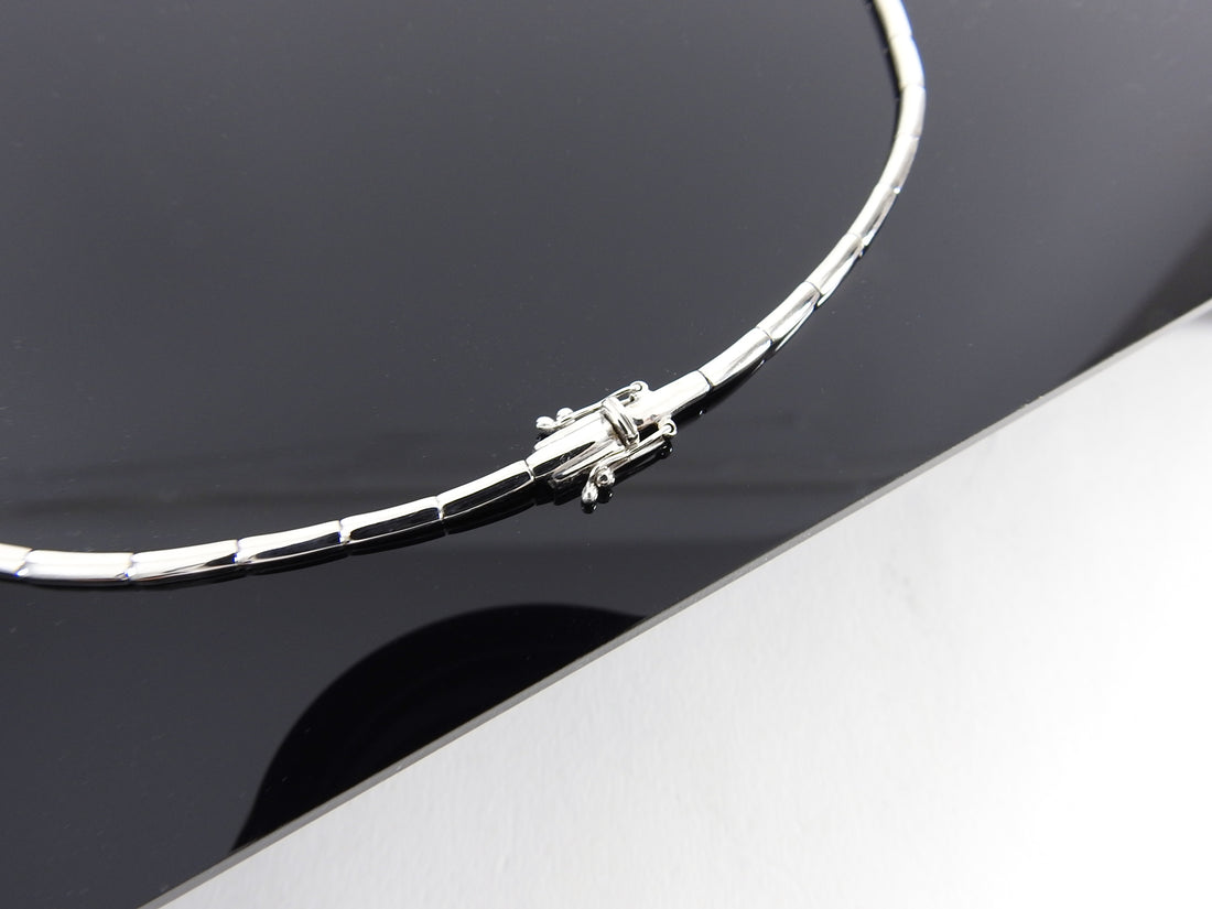 18k White Gold Pave set Diamond Choker Necklace