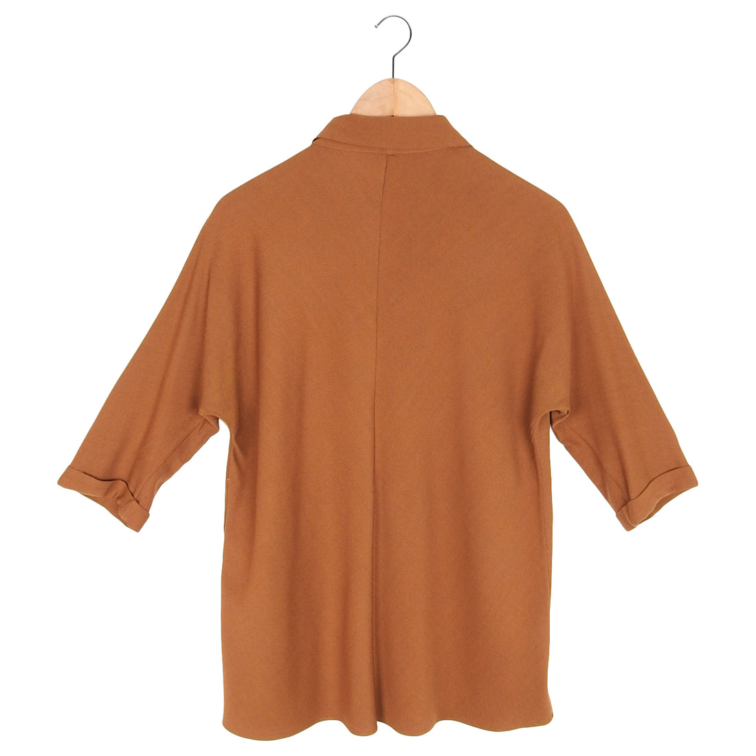 Details:  Closures:  Marked size:  Chest:  Waist:  Hip:  Shoulder seams:  Sleeve:  Back neck to hem:  Material:  Condition: