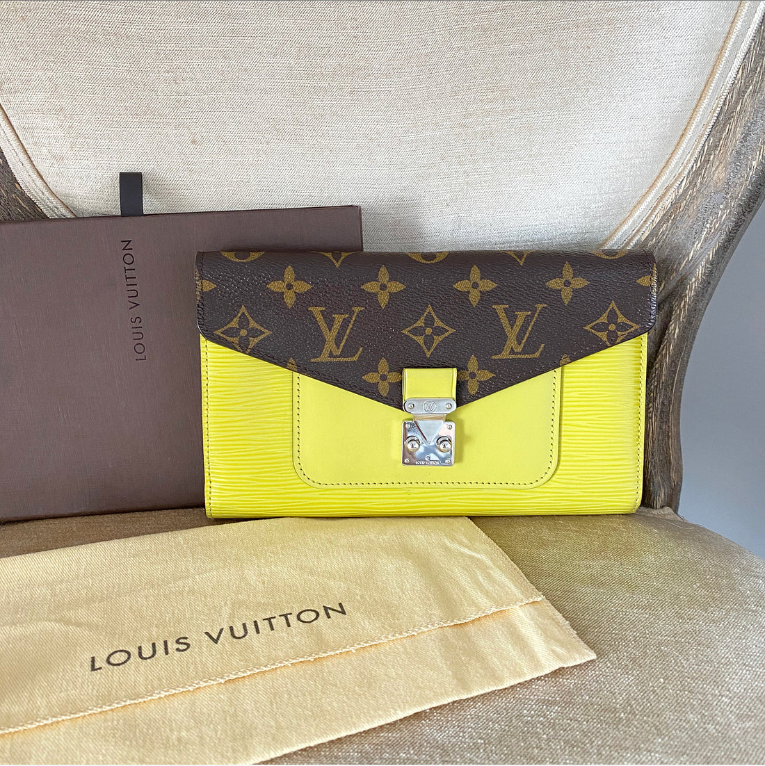 Louis Vuitton Epi Monogram Marie Rose Wallet in Pistache