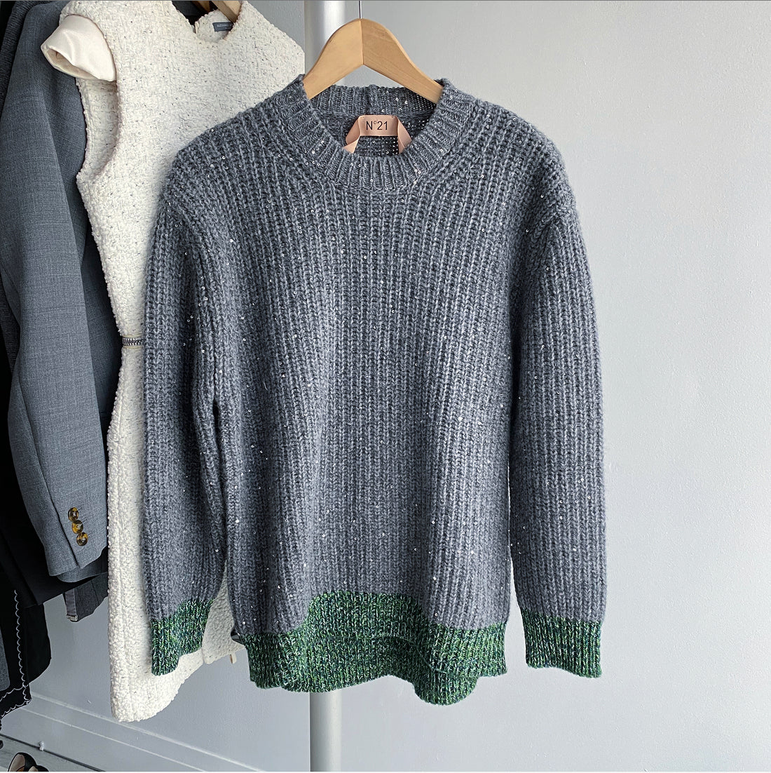 No 21 Grey Chunky Knit Sweater with Green Hem - S