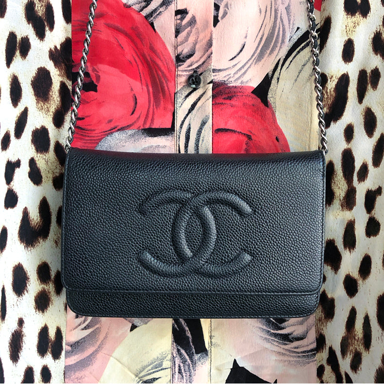 Chanel Caviar Black Leather CC Logo Wallet on Chain Silver