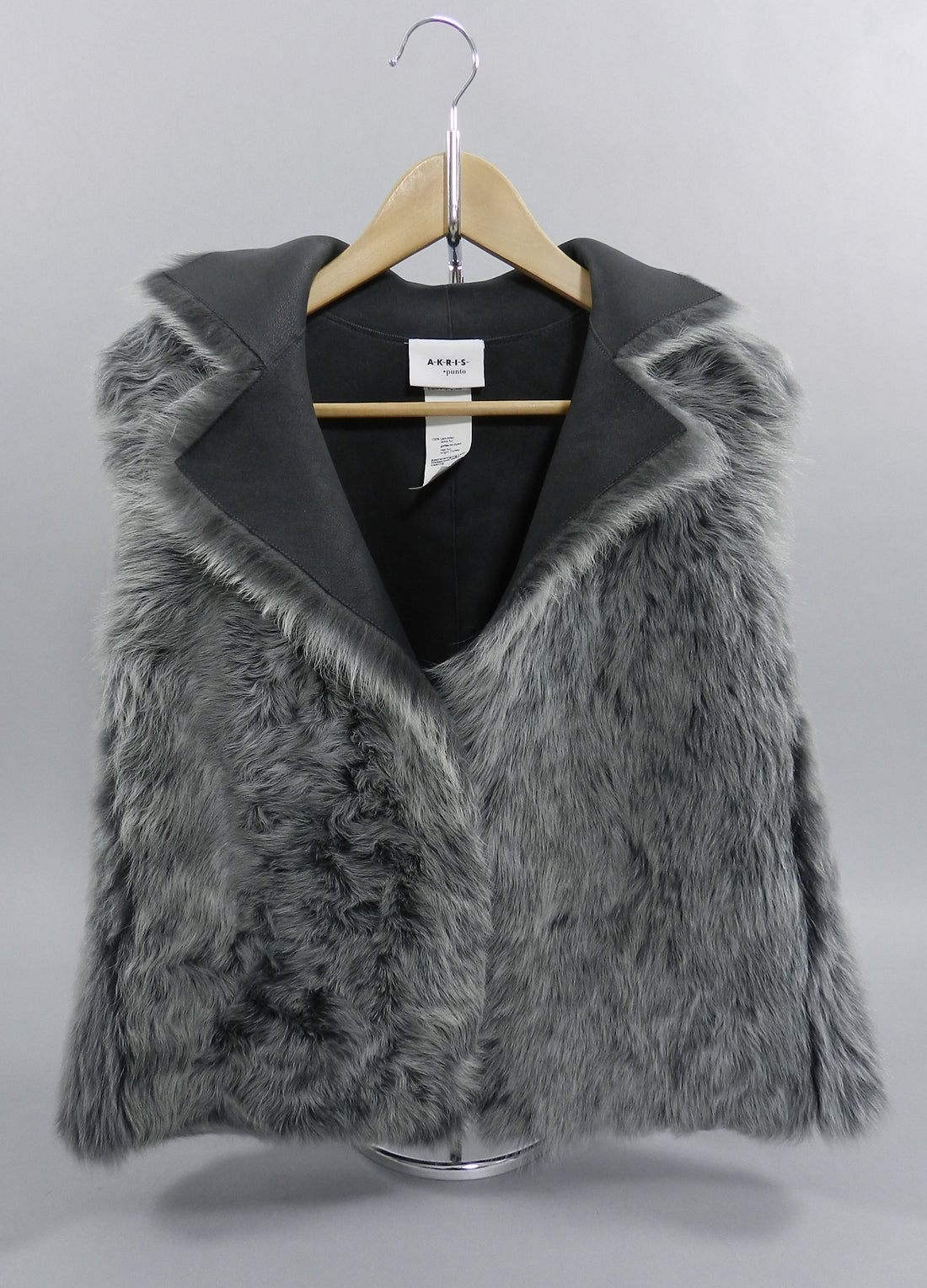 Akris Punto Grey Reversible Lambskin Shearling Fur Vest