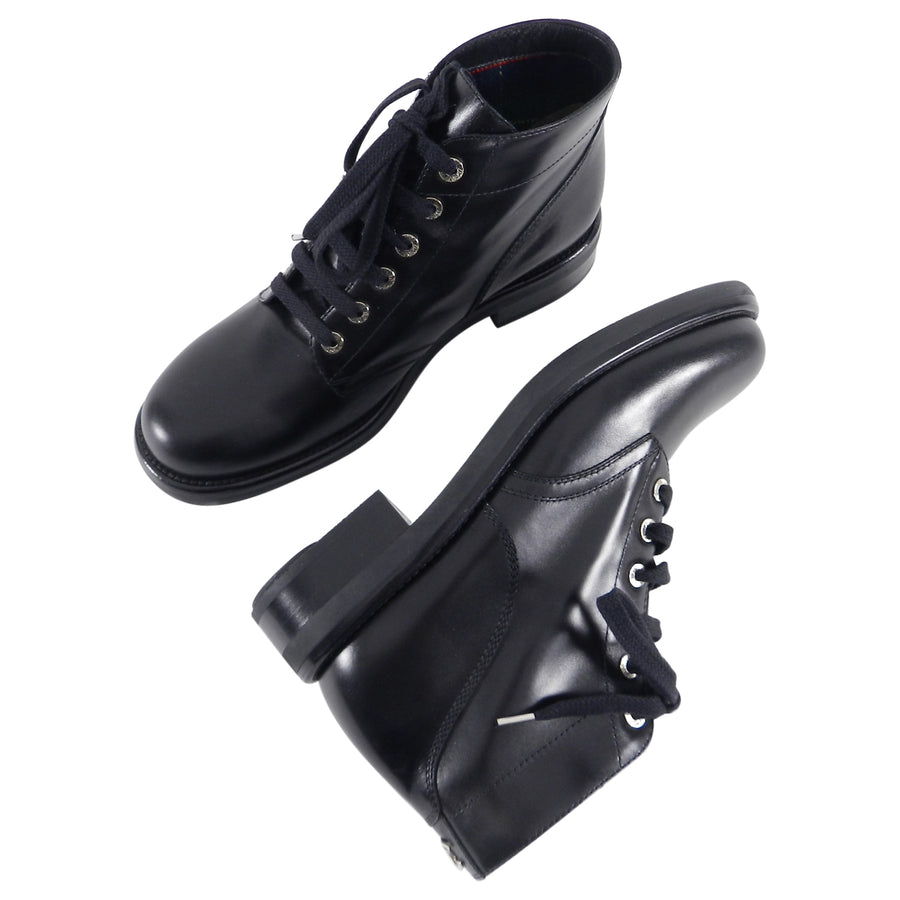 Chanel Pre-Fall 2013 Edinburgh Black Lace Up Ankle Combat Boots