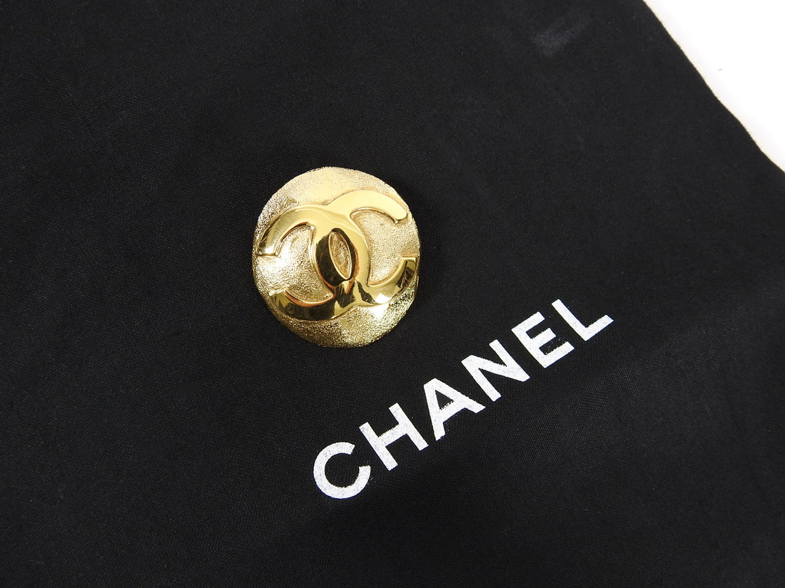Chanel Vintage 1992 Small Gold CC Logo Round Brooch Pin
