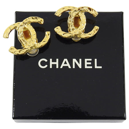 Chanel Vintage Gold Tone CC Logo Clip Earrings