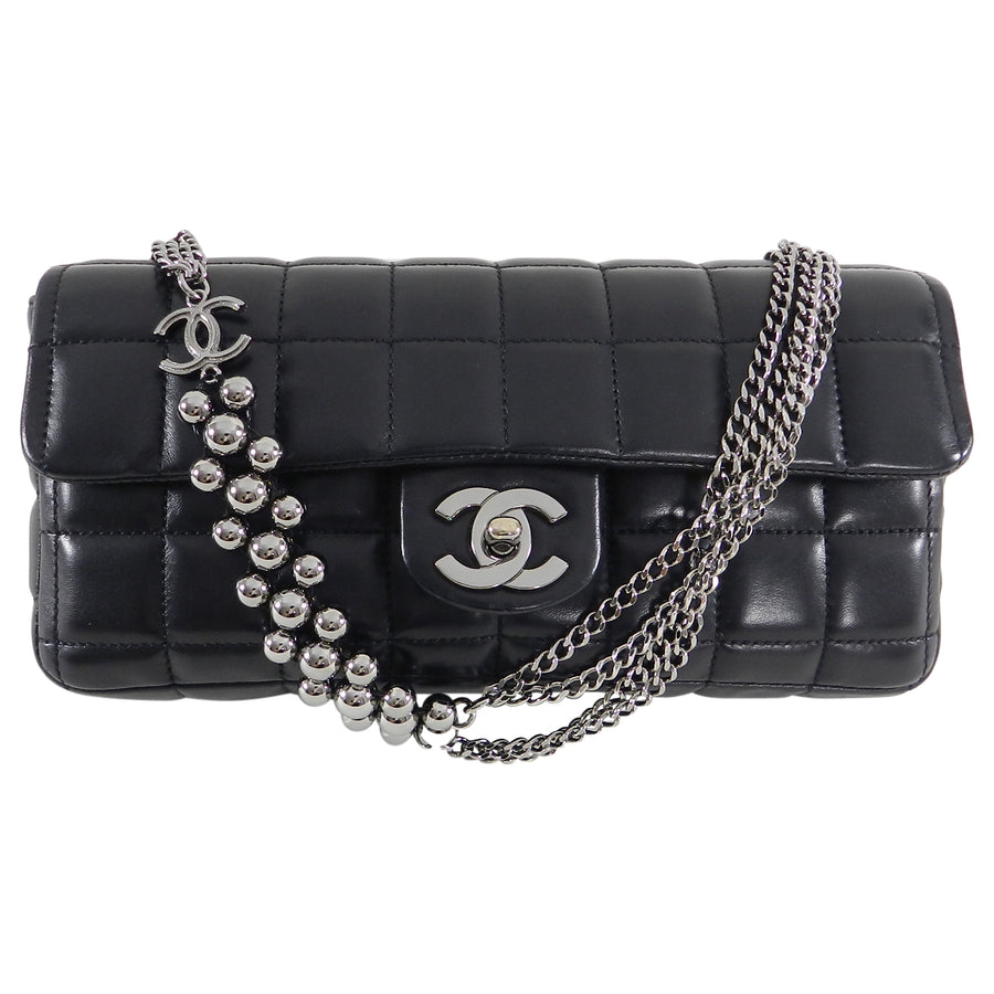 ... Chanel Chocolate Bar Black Leather Flap Bag with Silver Bead Chain ... ede6a162dcda0