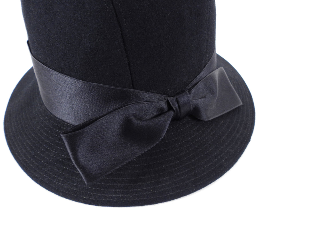 Chanel Vintage 1980's Black Felt Hat with Bow - 57 / 22""