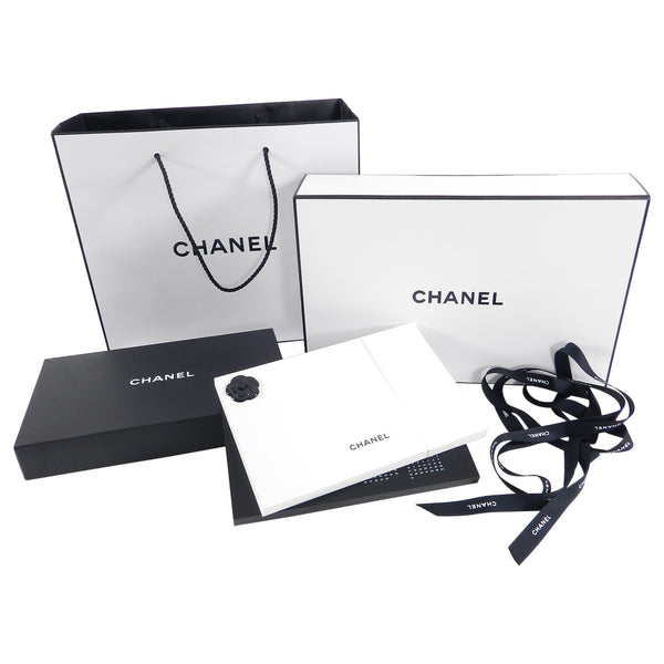 Chanel 2018 VIP Calendar with Block Paper Notepad