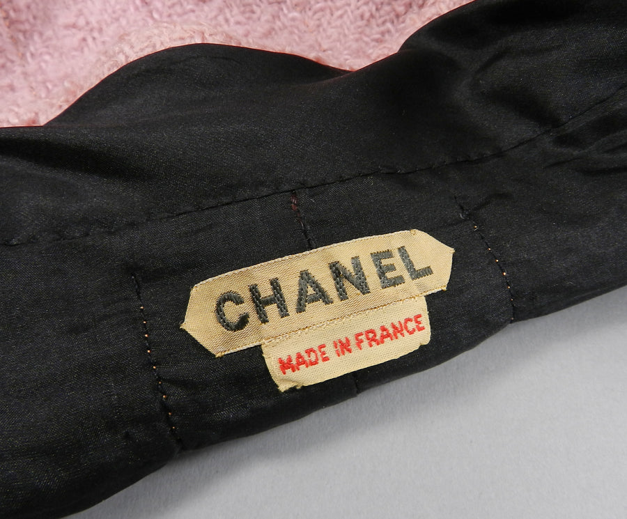 Chanel vintage 1963 Haute Couture Pink Suit - Documented