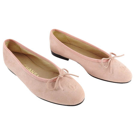 Chanel Light Shell Pink Suede CC Ballet Flat Shoes - 5.5