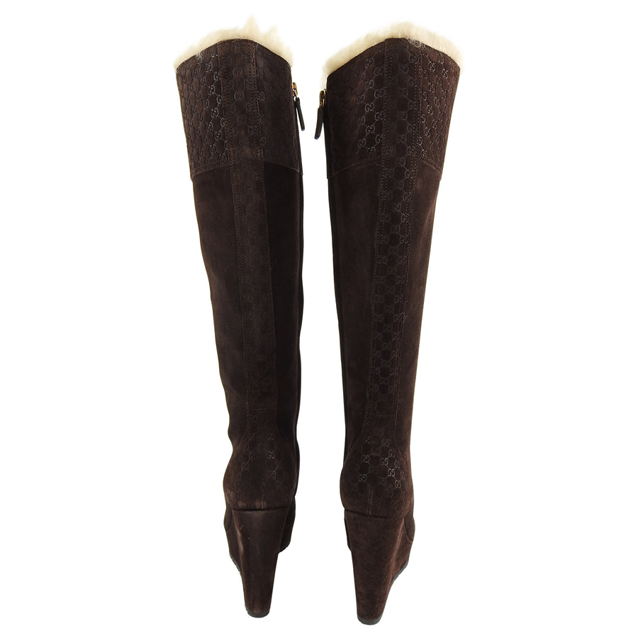 13e737073 ... Gucci Brown Suede Courtney Shearling GG Logo Wedge Boots - 36 ...