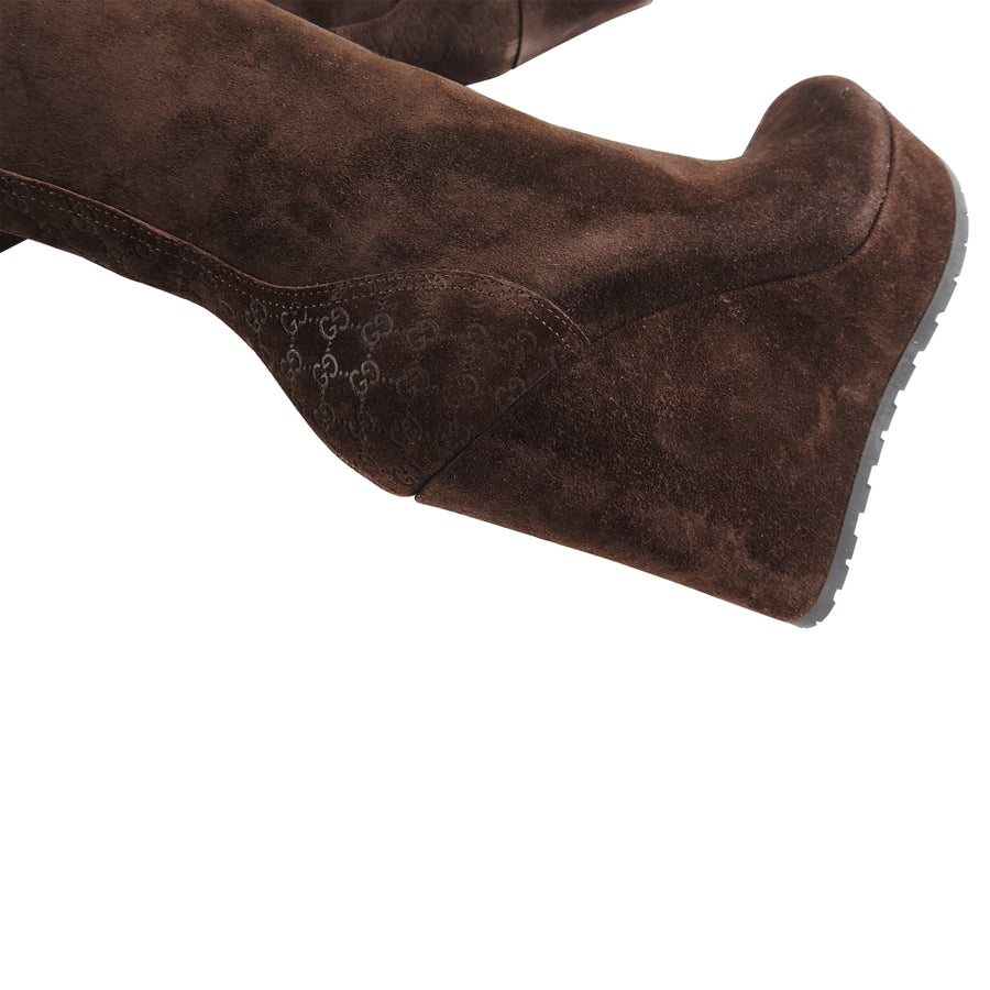 a01c2b748 Gucci Brown Suede Courtney Shearling GG Logo Wedge Boots - 36 – I ...