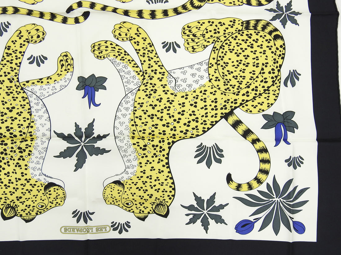 Hermes Leopards Silk Twill 90cm Scarf in Box
